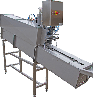 Fish gutting machine